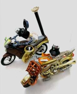 junk robot bikers